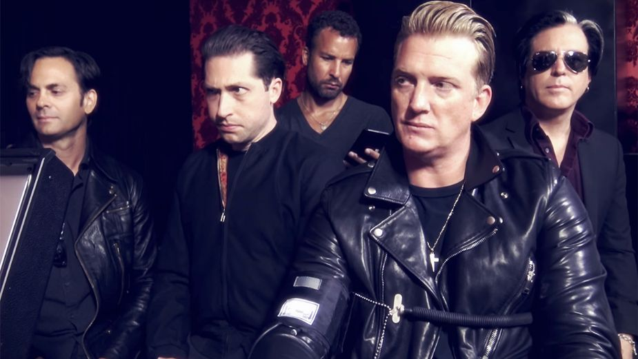 Escucha The Way You Used To Do, nueva rola de Queens Of The Stone Age