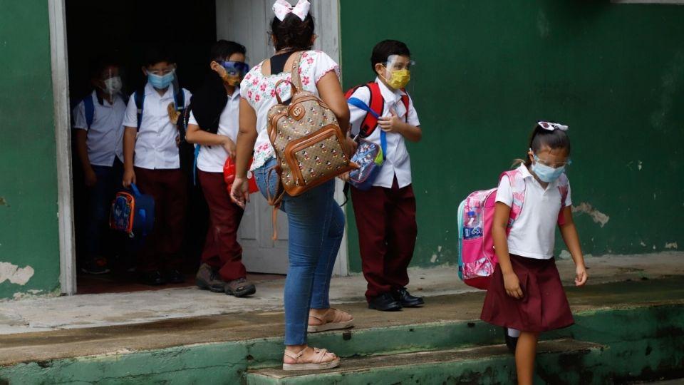 ¿Qué sucederá con los niños que no desean volver a las aulas?Foto: Cuartoscuro