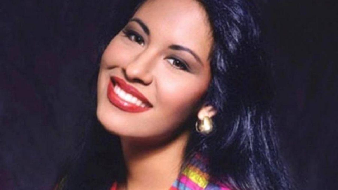 Selena Quintanilla: Aparece 'fantasma' en VIDEO del funeral de la Reina del Tex-Mex; aseguran que era ella