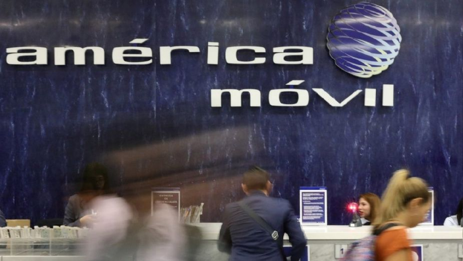América Móvil descarta afectaciones por escasez de chips