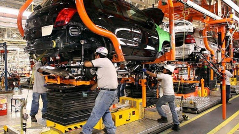 Creció 12.5% producción de autos en marzo: Inegi