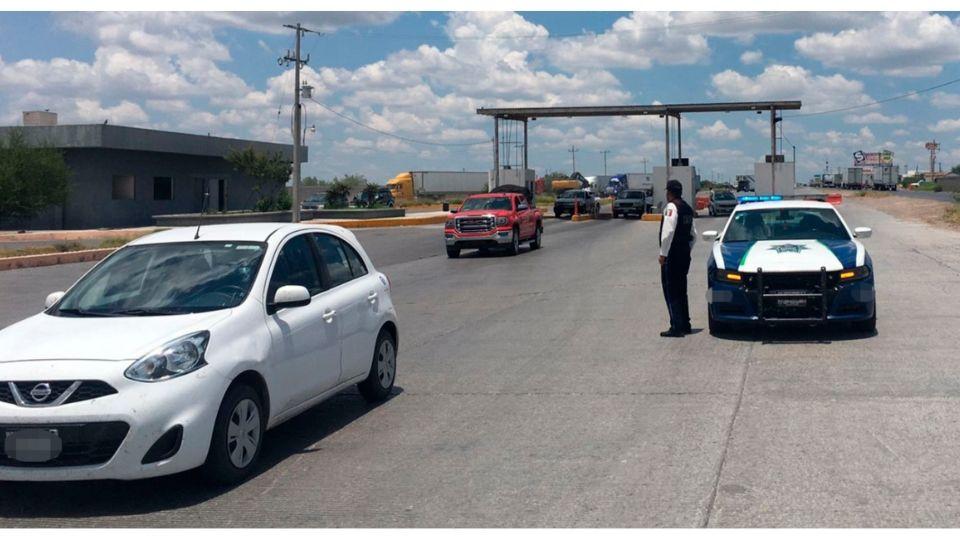 Autoridades han recomendado evitar el tramo carretero que va de Monterrey a Nuevo Laredo (Foto: Twitter@SSP_GobTam)