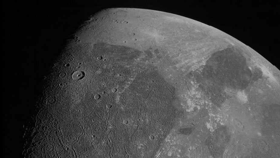 NASA revela asombrosas imágenes de la LUNA GIGANTE de JÚPITER | FOTOS