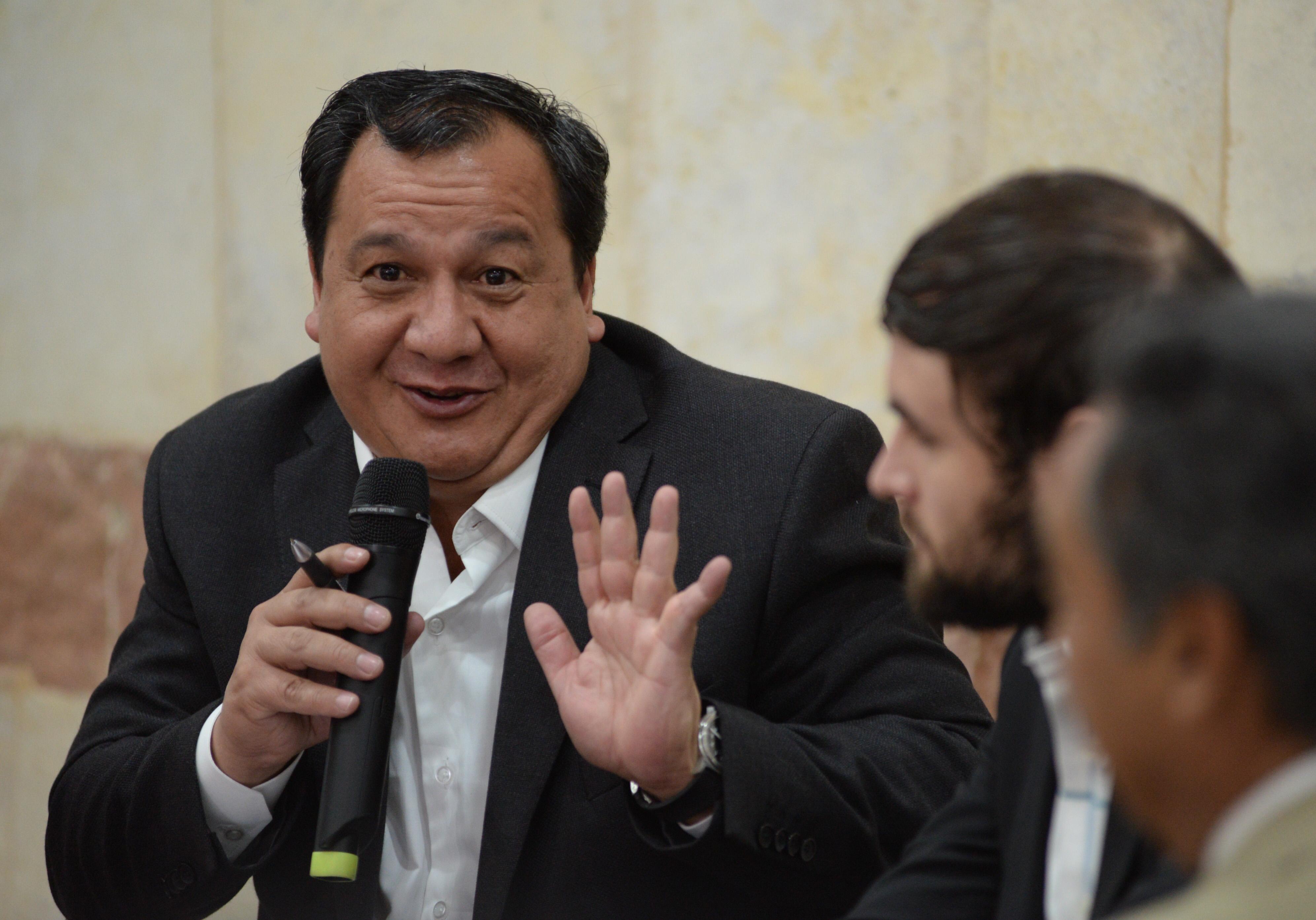 El candidato de Partido del Trabajo (PT) a la gubernatura del Estado de México, Óscar González Yánez. FOTO CUARTOSCURO
