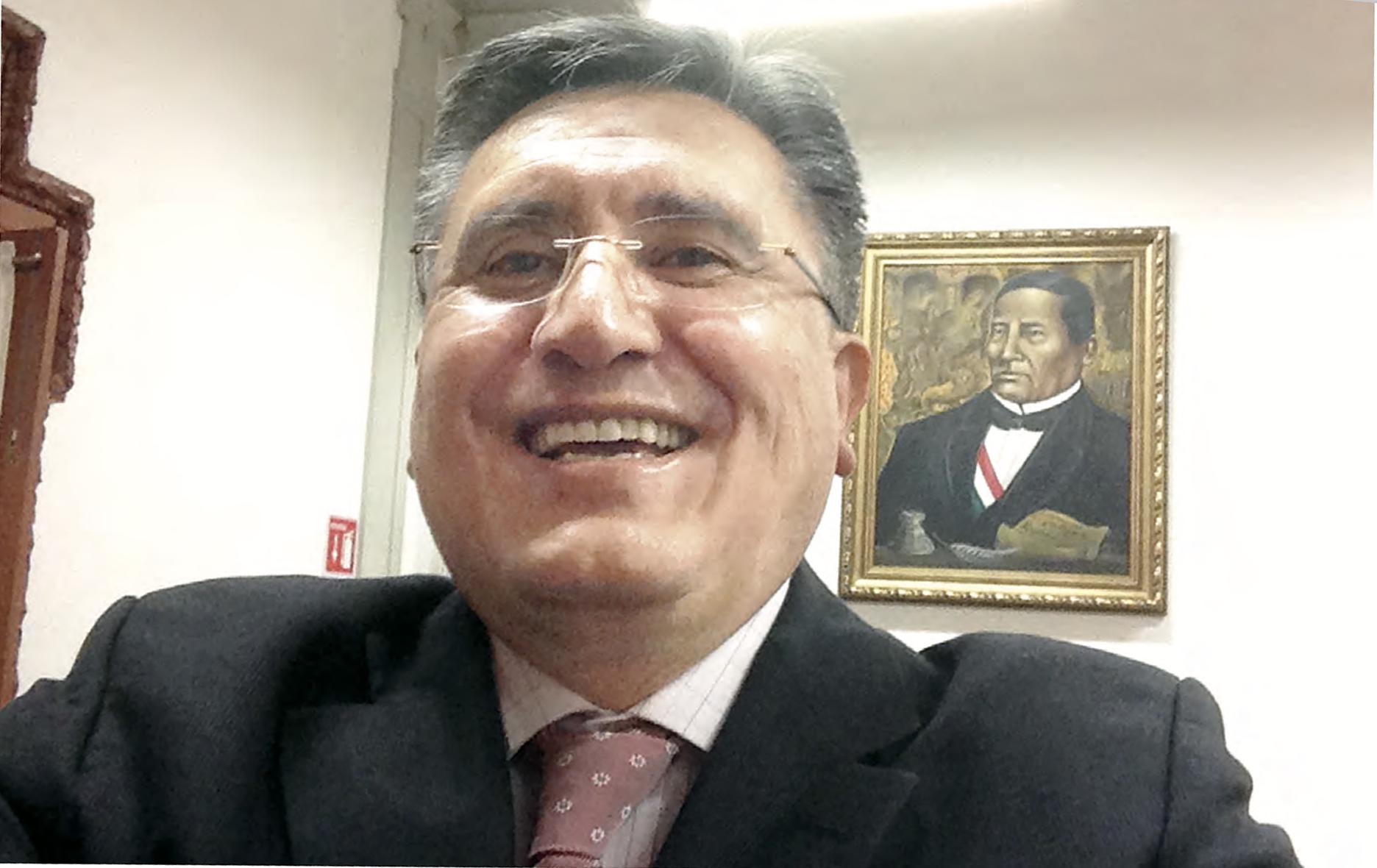 SELFIE DE: LUIS RAÚL GONZÁLEZ PÉREZ