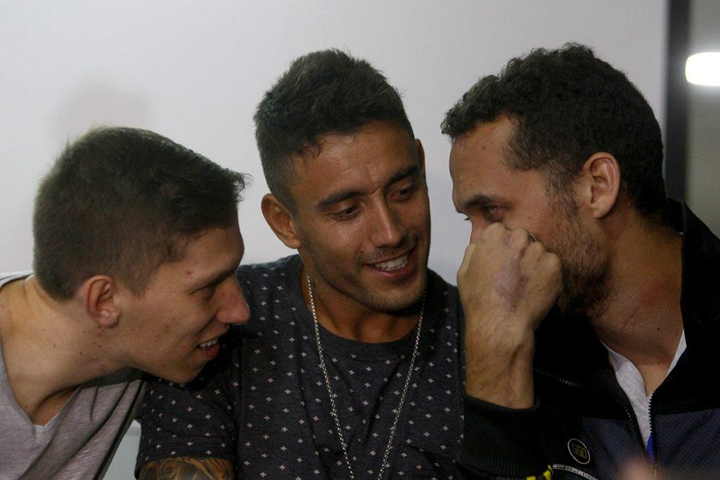 FOTO EFE. Hélio Zampier,  Alan Ruschel y Jackson Follman fueron los únicos jugadores que salieron con vida