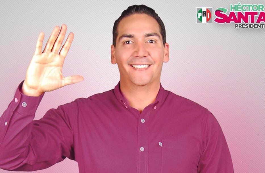 """""""Prepa en un mes"""", ofrece el candidato a alcalde de Bahía Banderas"""