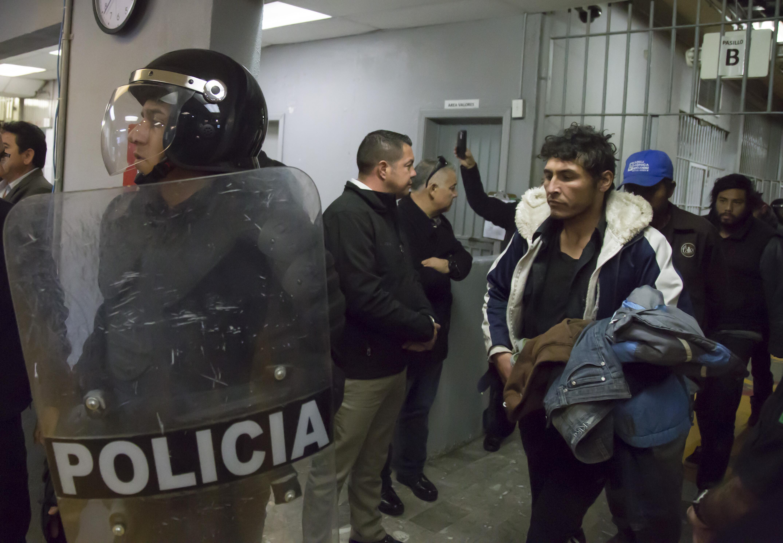La corrupción en las prisiones es generada por los carceleros