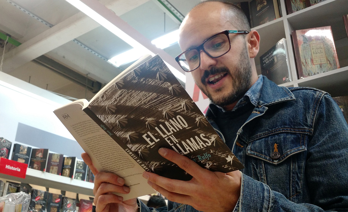 FOTO NOTIMEX. Ejemplares de 'El llano en llamas' y 'Pedro Páramo' serán regalados