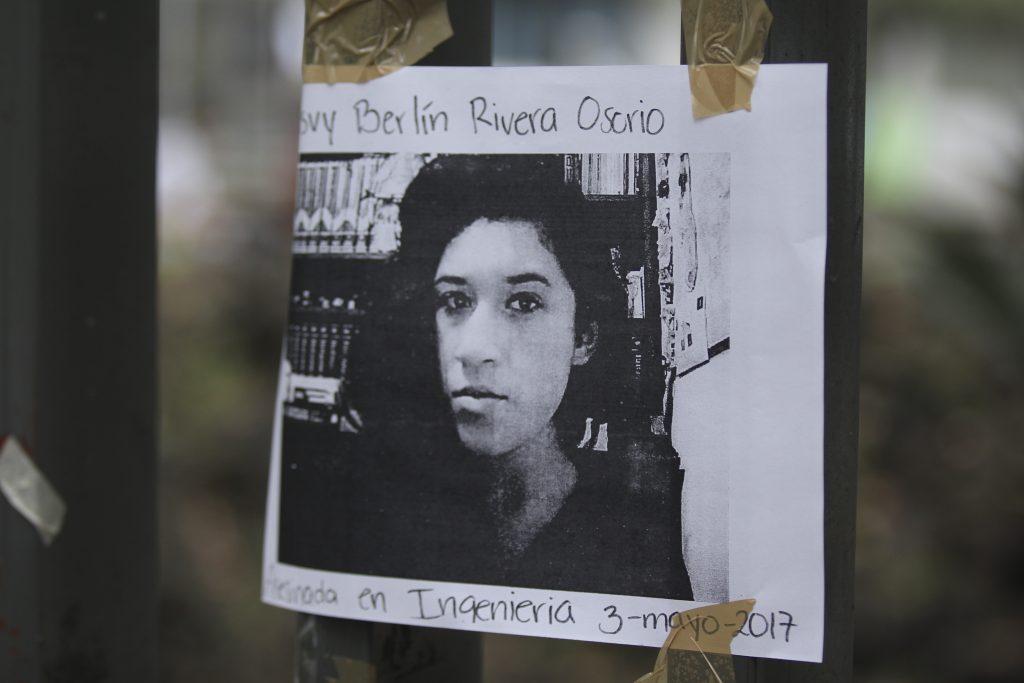 Estudiantes de la UNAM y miembros de colectivos activistas, realizaron una marcha  para protestar contra la violencia de género. FOTO CUARTOSCURO