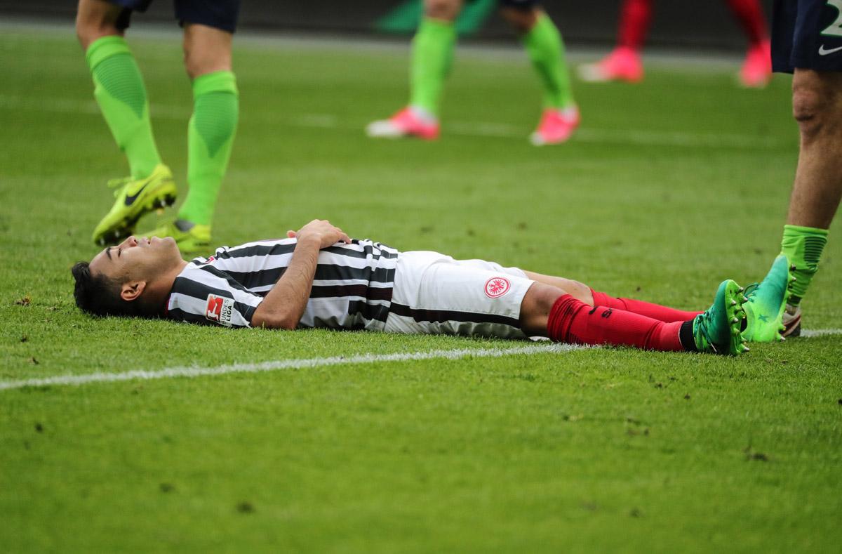FOTO EFE. Marco Fabián pudo cambiar el rumbo del partido