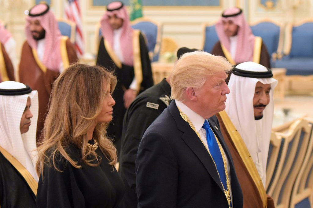 FOTO AFP. La primera dama estadounidense apareció con el cabello suelto