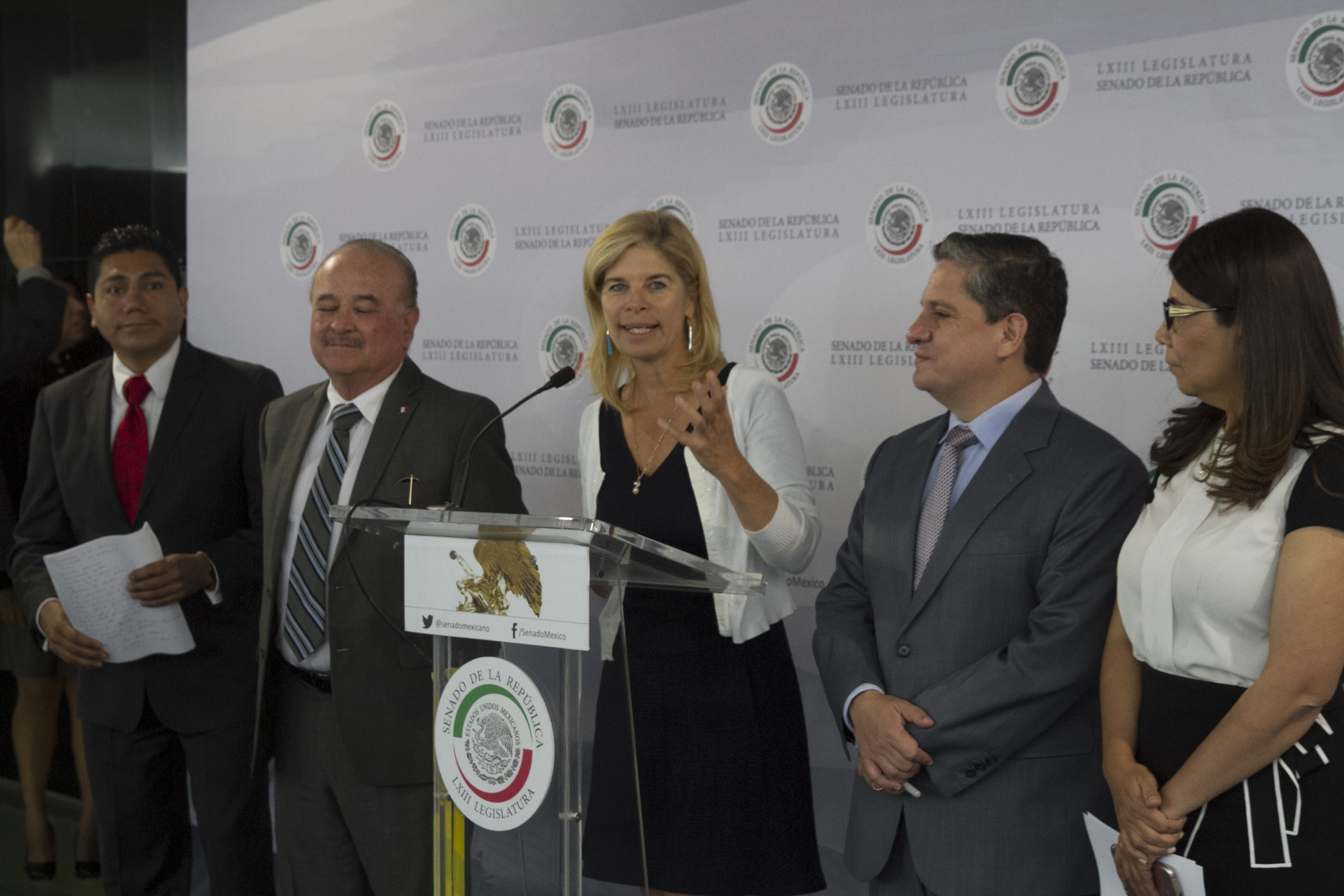 Jorge Luis Preciado, Ernesto Ruffo, Marcela Torres Peimbert.  FOTO: MOISÉS PABLO /CUARTOSCURO.COM