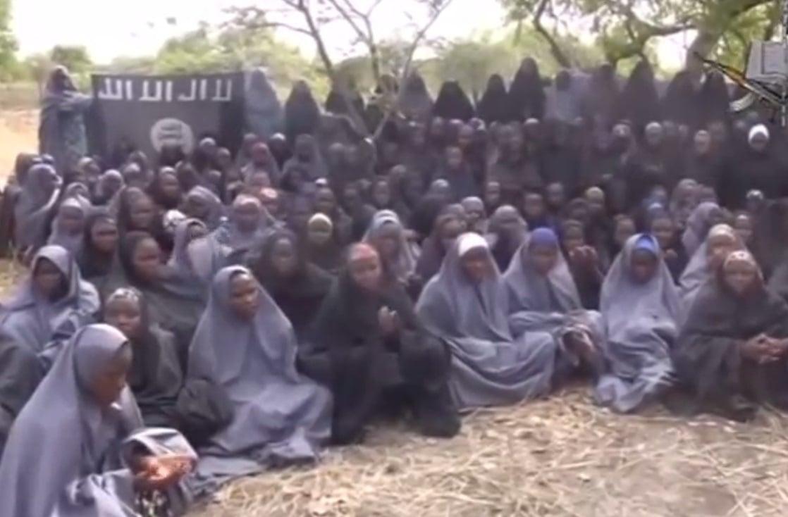 Tras la liberación de las 82 adolescentes, aún continúan desaparecidas en manos de Boko Haram 123.