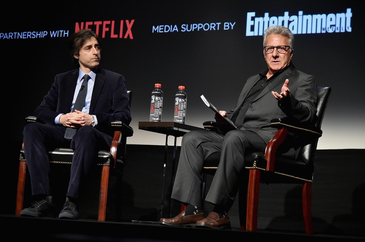 El director Noah Baumbach y Dustin Hoffman. Foto: AFP