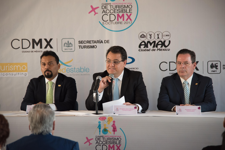 Aplicaciones modificaron el turismo, según Armando López Cárdenas