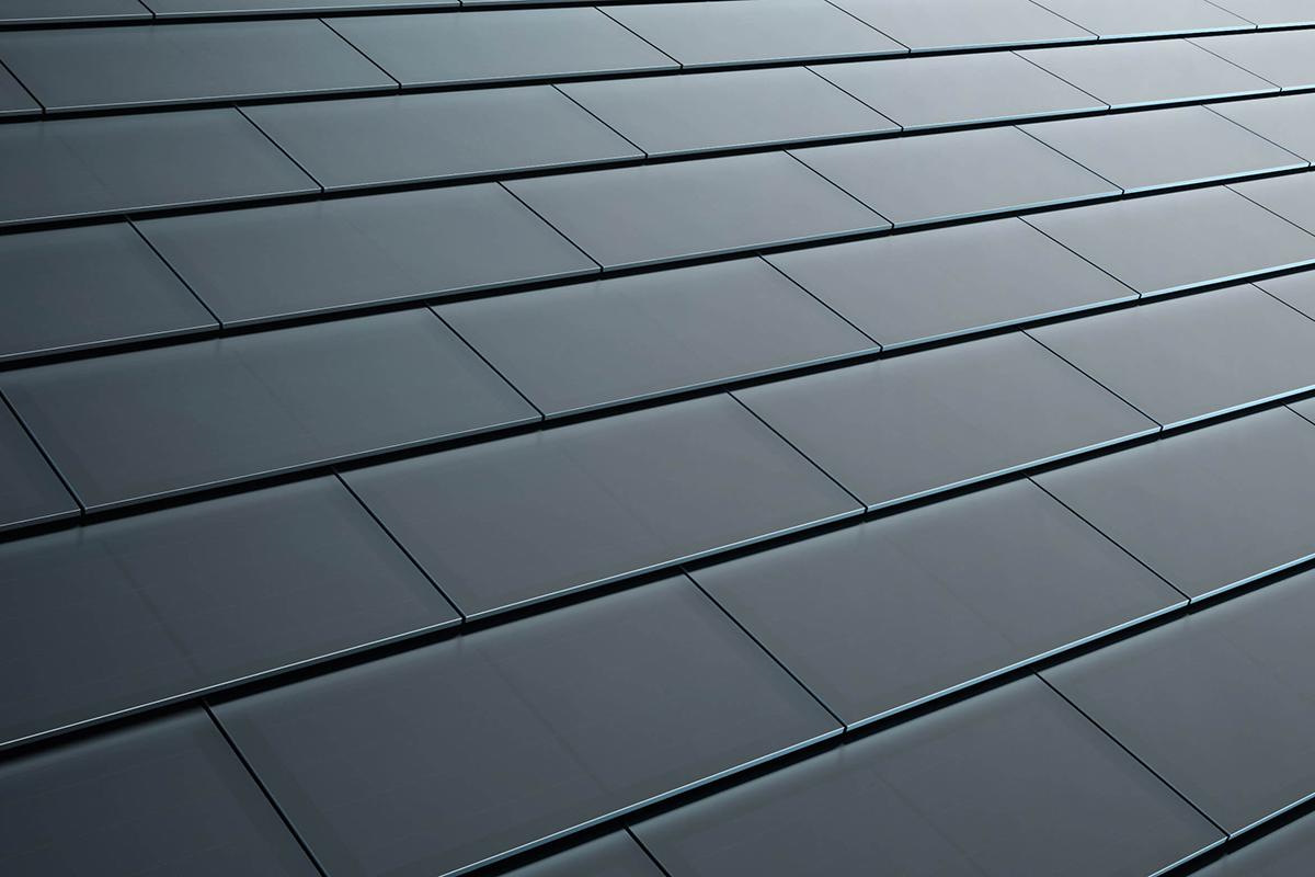 Ya están a la venta las tejas solares de Tesla y Elon Musk