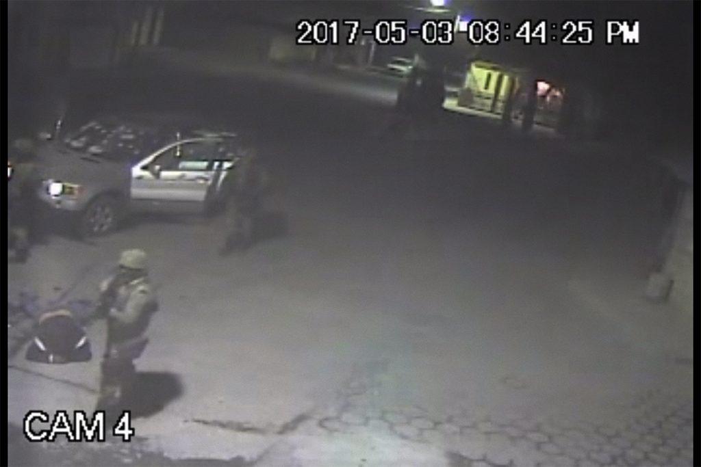 Soldado presuntamente ejecuta a huachicolero en Puebla