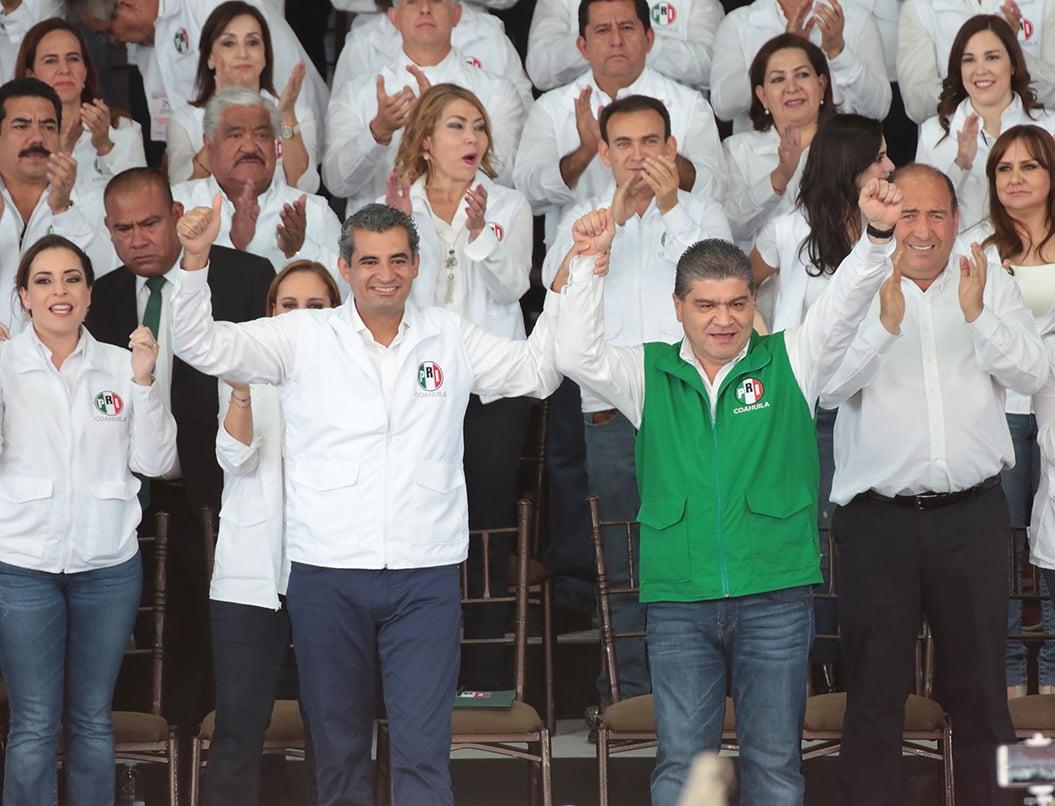 El pasado 18 de marzo, Miguel Ángel Riquelme Solís, rindió protesta como candidato a la gubernatura del estado de Coahuila. FOTO: ARCHIVO CUARTOSCURO