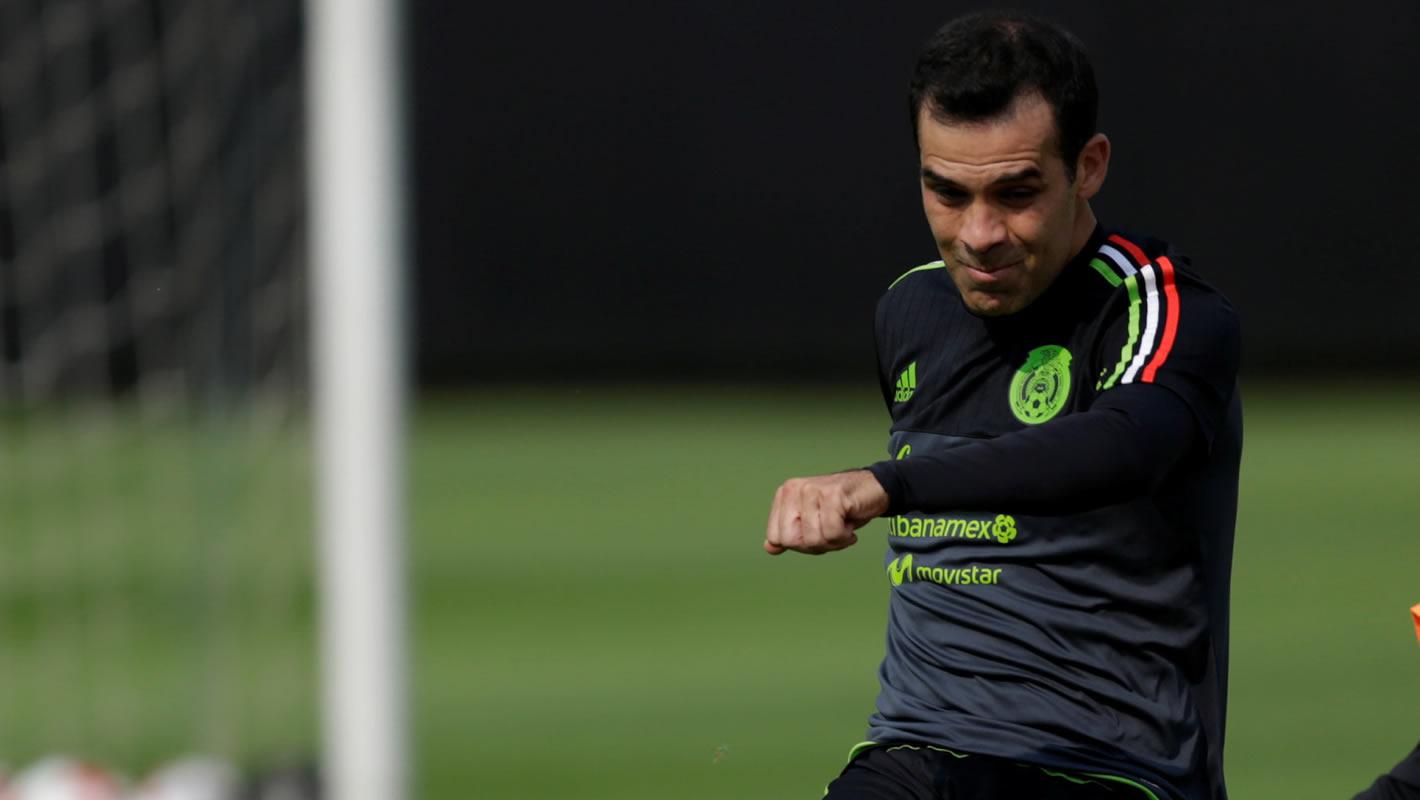 Rafa Márquez, el veterano capitán de la selección mexicana ha superado una nueva lesión y está listo para seguirle aportando al liderazgo tricolor