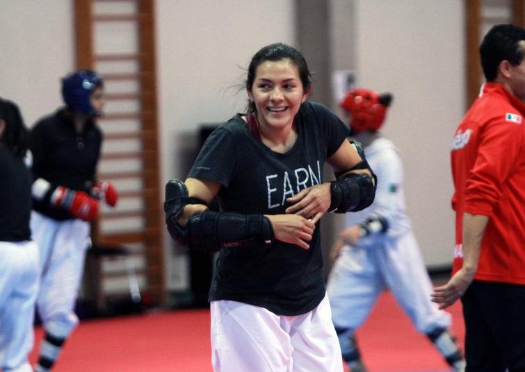 María del Rosario Espinoza. @femextkdoficial