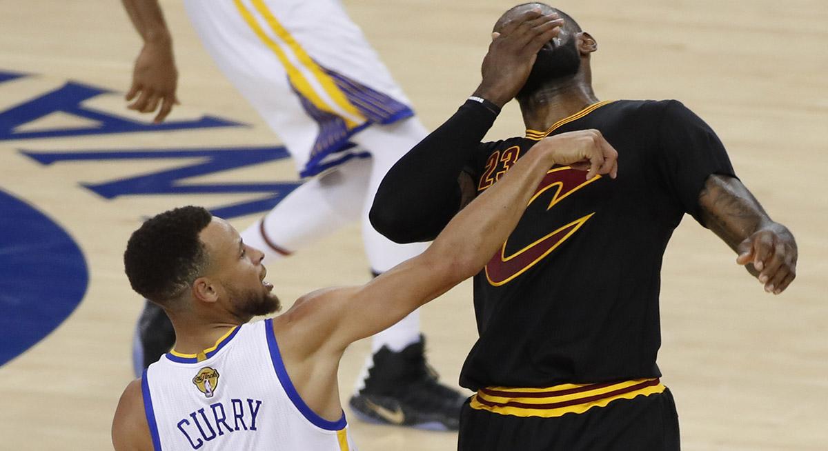 FOTO EFE. Curry va ganando el duelo personal contra LeBron James