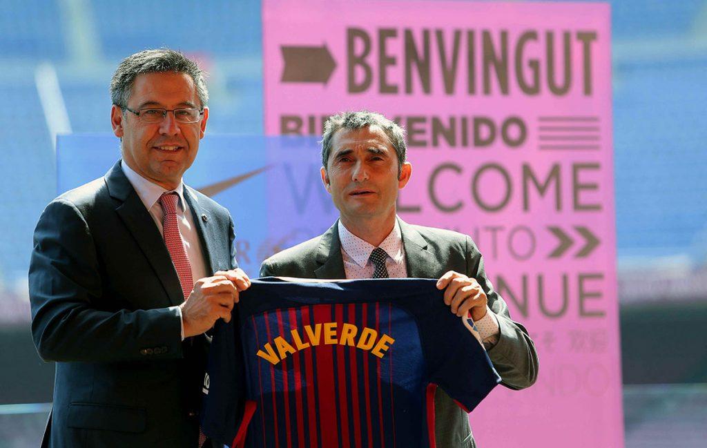 FOTO EFE. El ex técnico del Athletic fue presentado por el presidente Josep María Baromeu