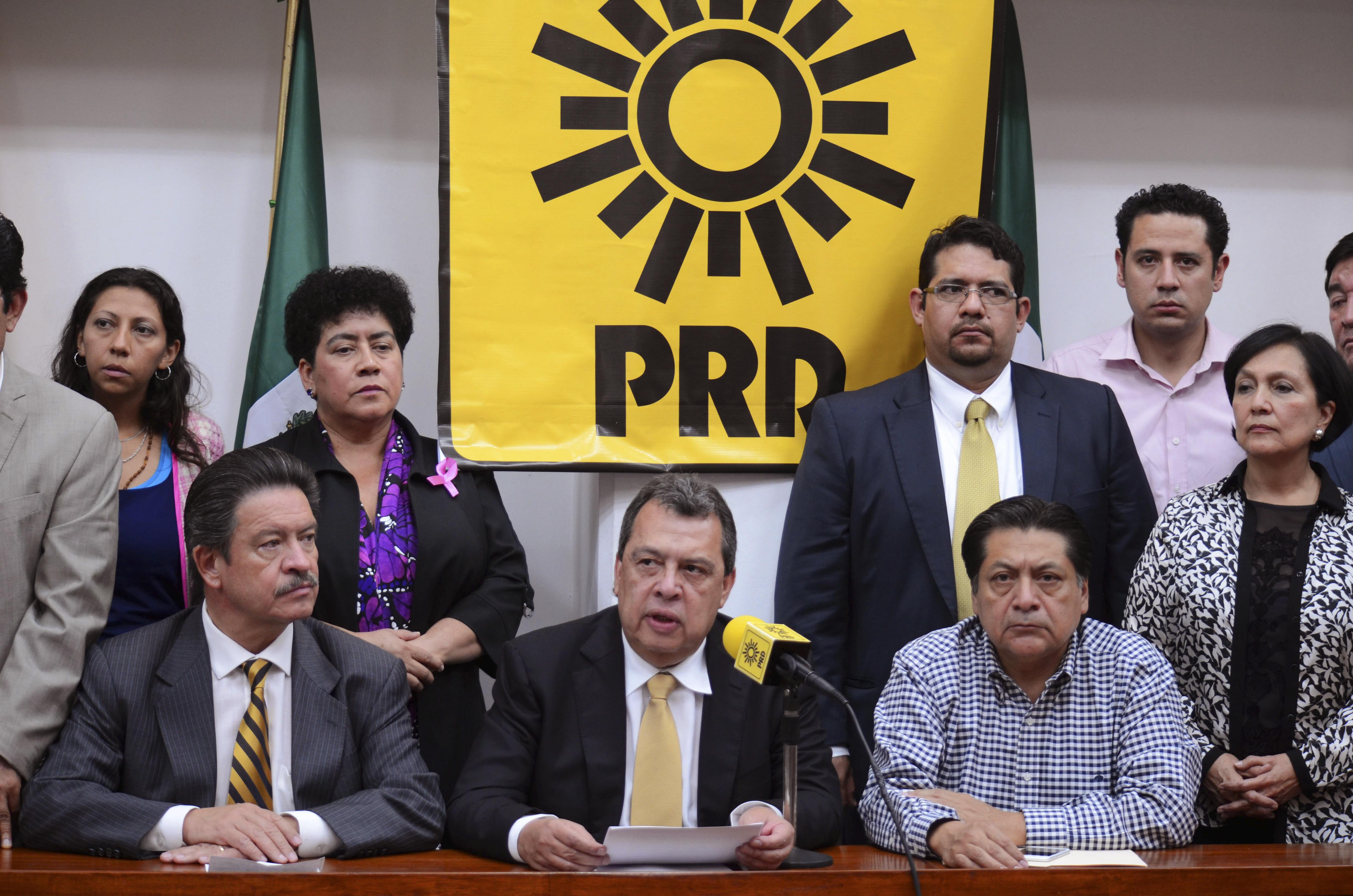 Ángel Aguirre (centro). Archivo. CUARTOSCURO.