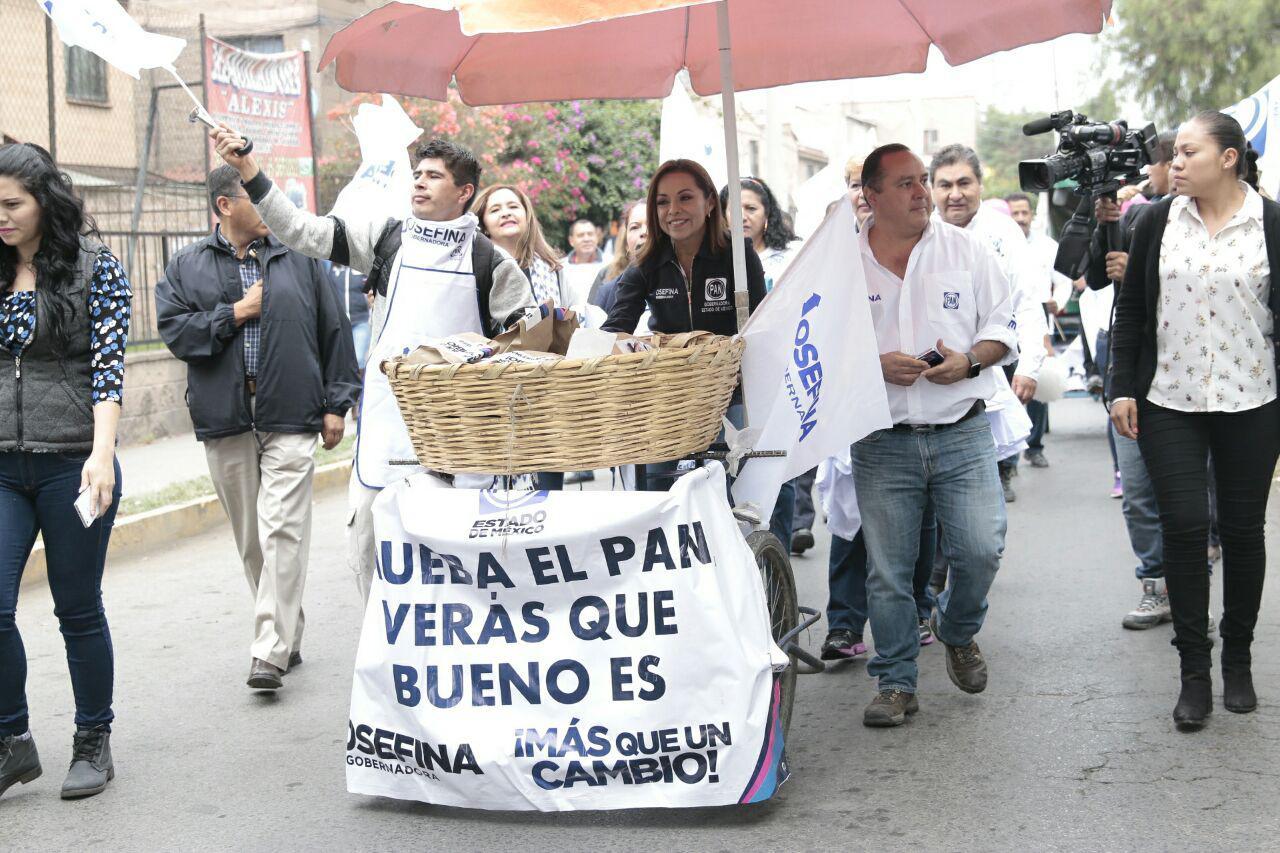 Josefina Vázquez Mota, de Acción Nacional, cerró casi dos meses de proselitismo, en busca de la gubernatura del Estado de México