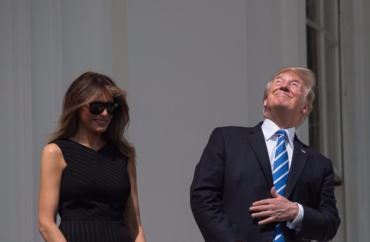 FOTOS: Donald Trump vio directamente el eclipse de sol