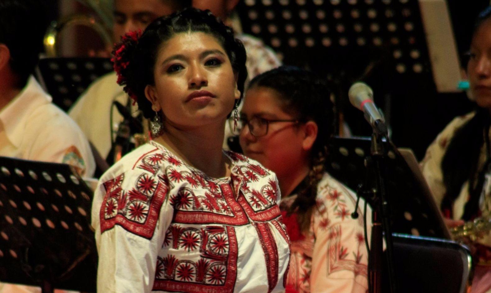 María Reyna González, la soprano mixe que rompe fronteras