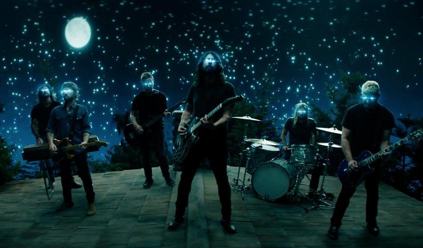 """Foo Fighters lanzan el video del sencillo """"The Sky Is A Neighborhood"""""""