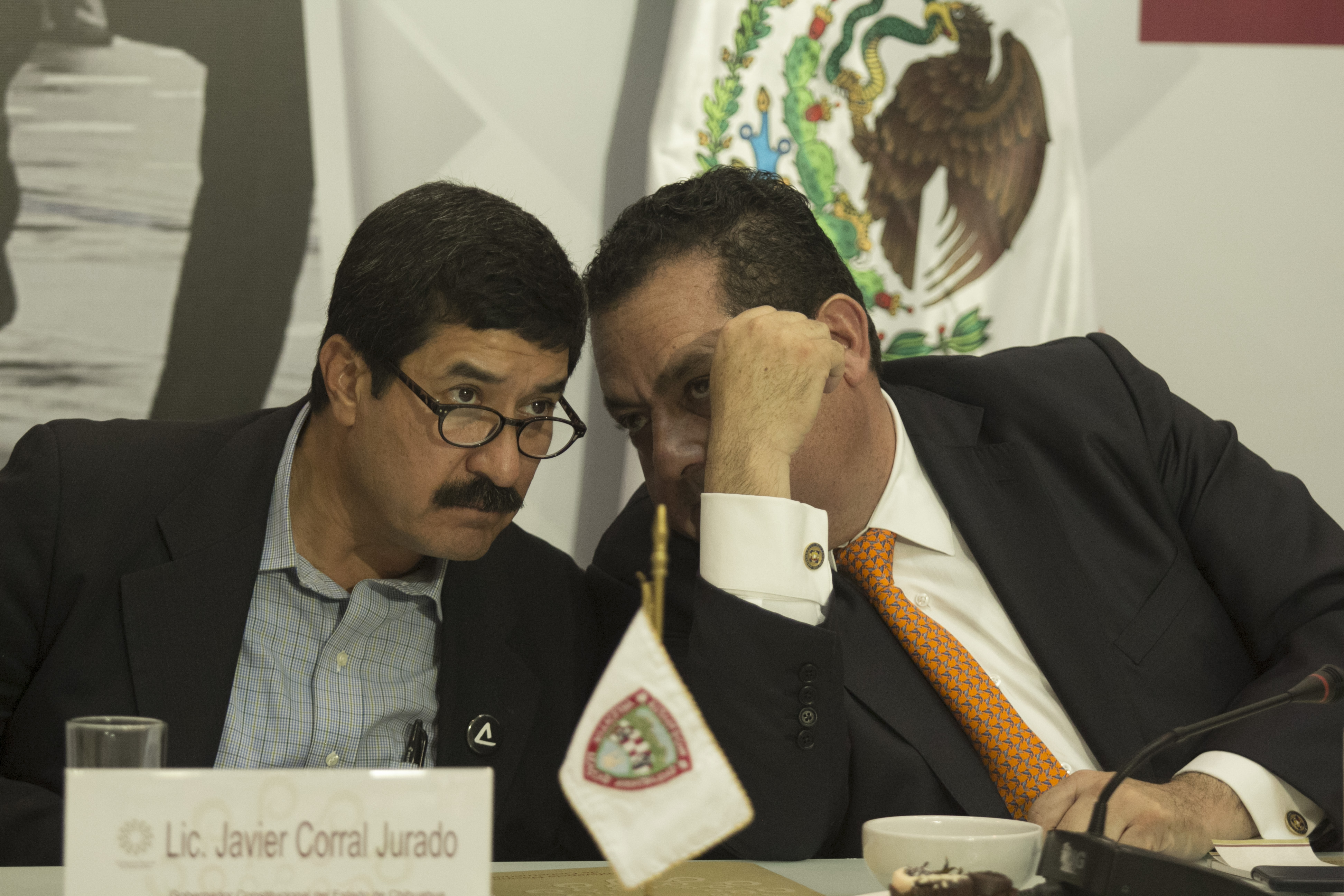 Javier Corral, gobernador de Chihuahua, y Carlos Mendoza Davis, gobernador de Baja California Sur. @Cuartoscuro.com