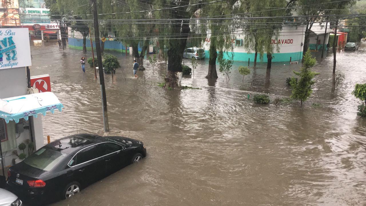 Lluvias inundan 5 municipios de Edomex