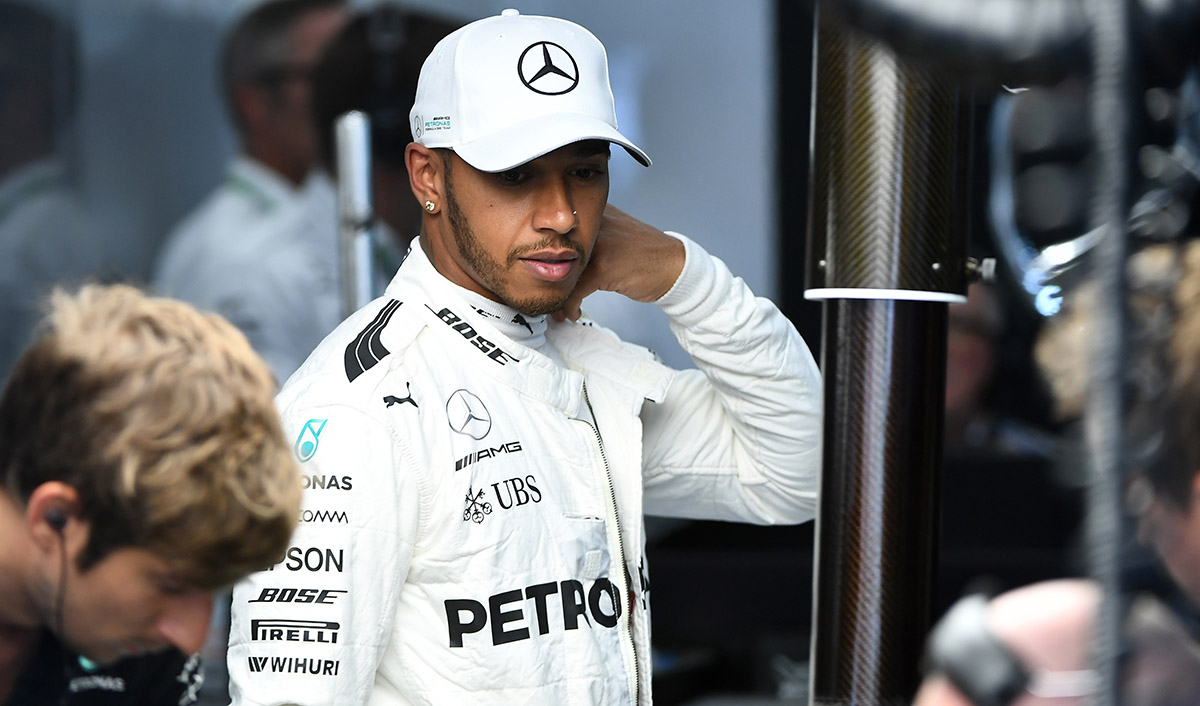 El piloto inglés de Mercedes, Lewis Hamilton, tras las pruebas libres en el Gran Premio de Bélgica