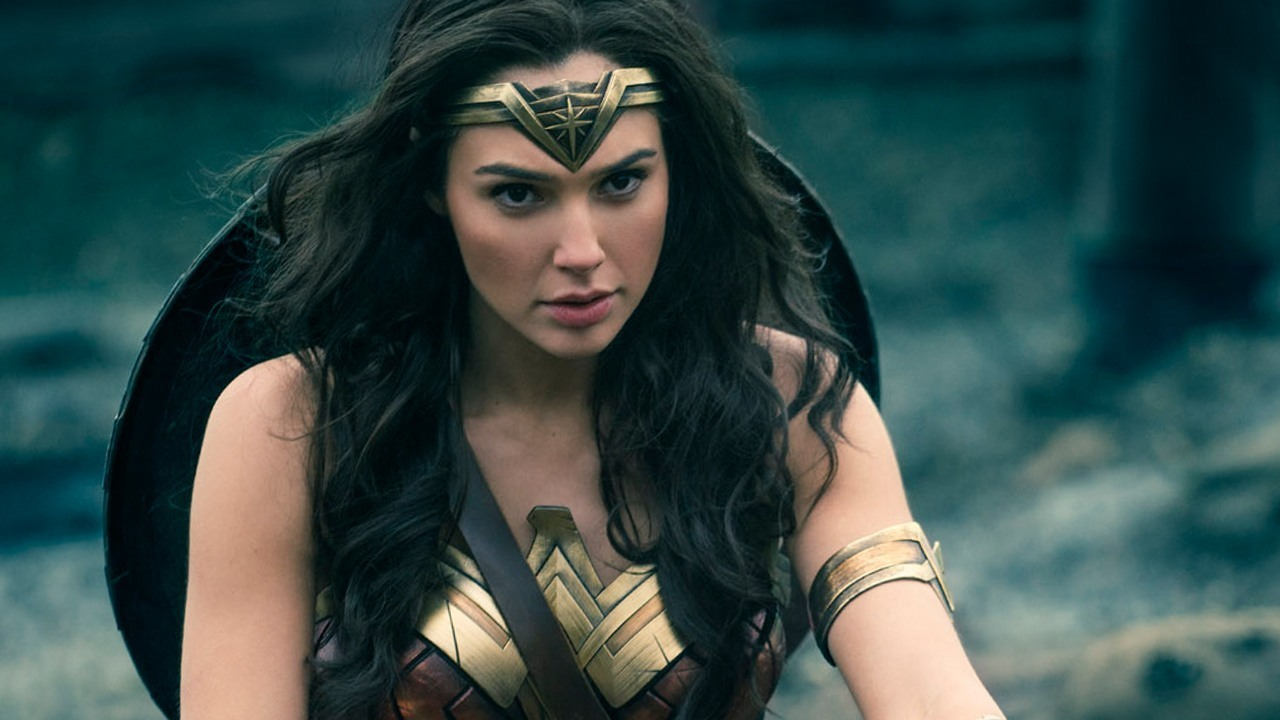 James Cameron afirma que Wonder Woman es un icono tratado como objeto
