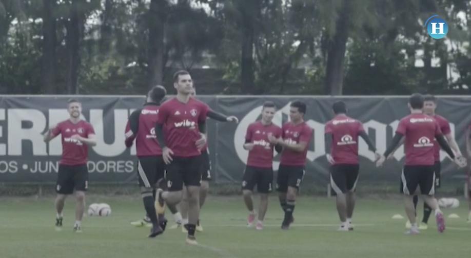 Rafa Márquez regresa a los entrenamientos con Atlas