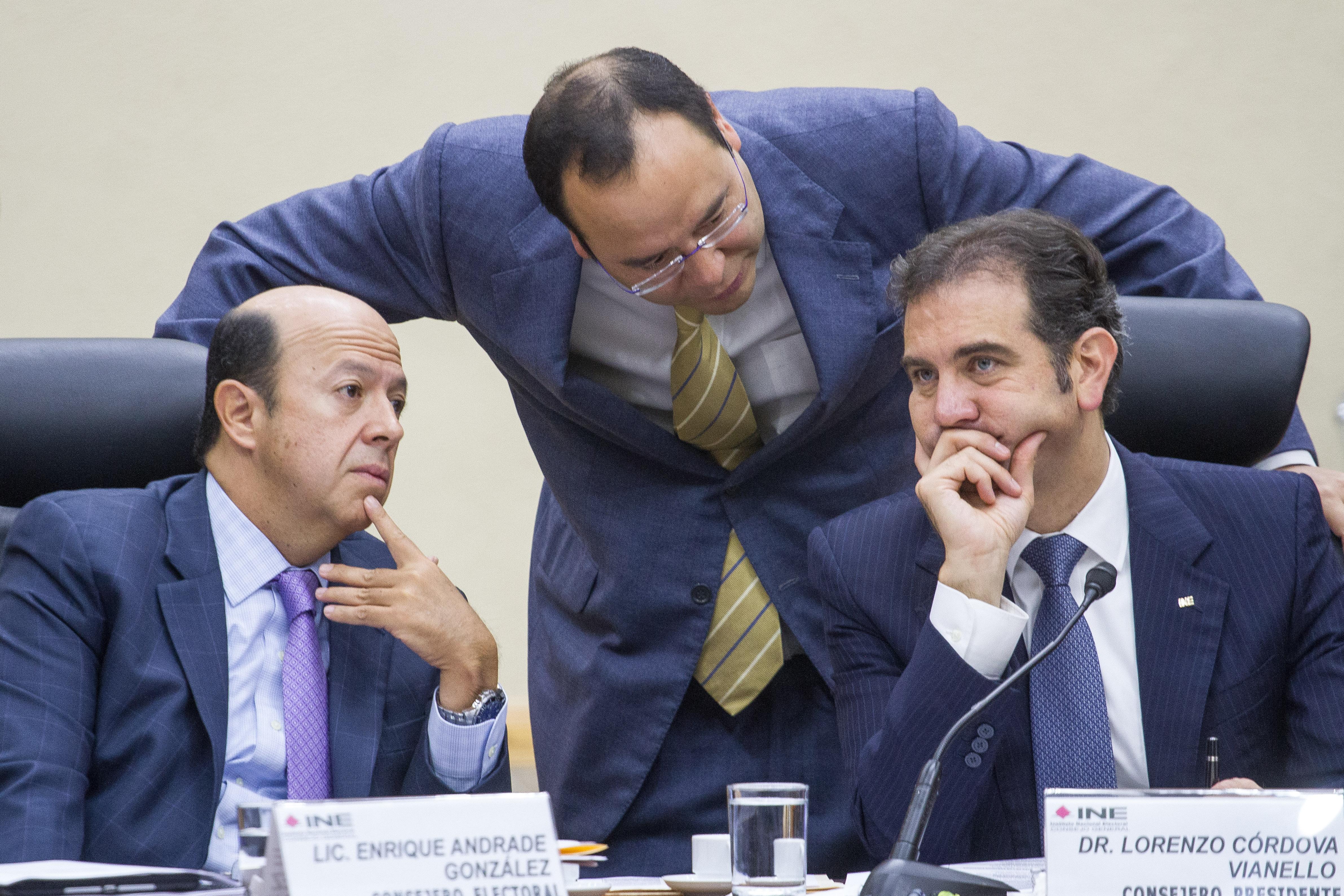Los consejeros electorales Enrique Andrade González, Ciro Murayama, así como Lorenzo Córdova Vianello. @Cuartoscuro.com