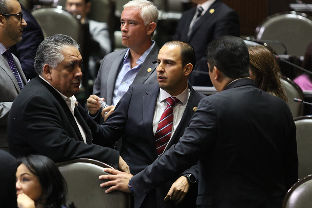 Diputados atoran la iniciativa para fiscal
