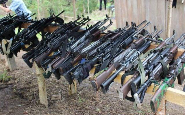 Colombia decomisa poderoso arsenal a narcotraficantes