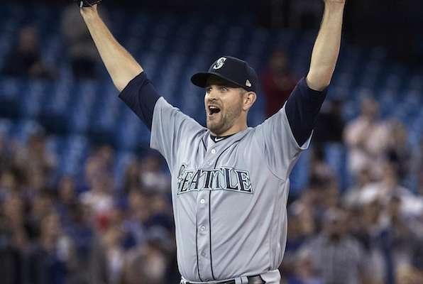 Paxton lanza 'no-hitter' contra los Azulejos