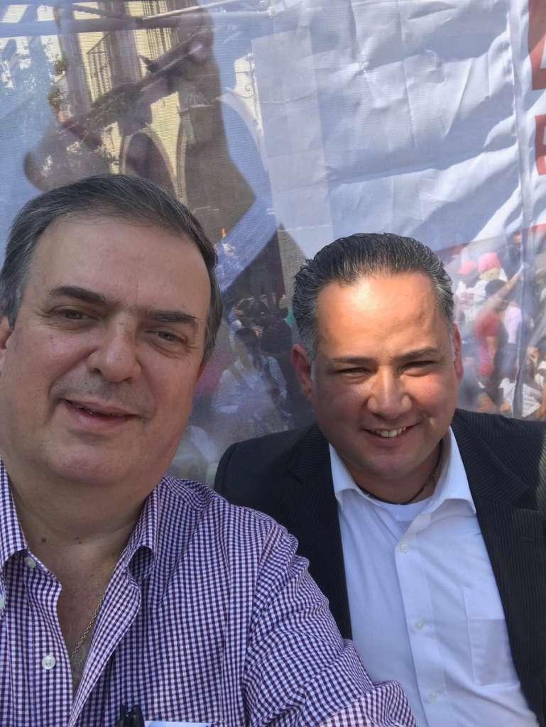 Santiago Nieto se va con AMLO; le revelará información sobre Odebrecht