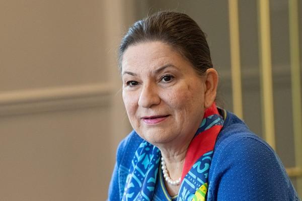 Martha Barcenas embajadora de México ante los Estados Unidos FOTO: ESPECIAL / Lance Cheung