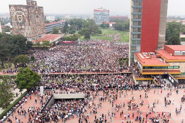 Marcha_UNAM_Rectoria_CCH_Azcapotzalco_agresion_porros