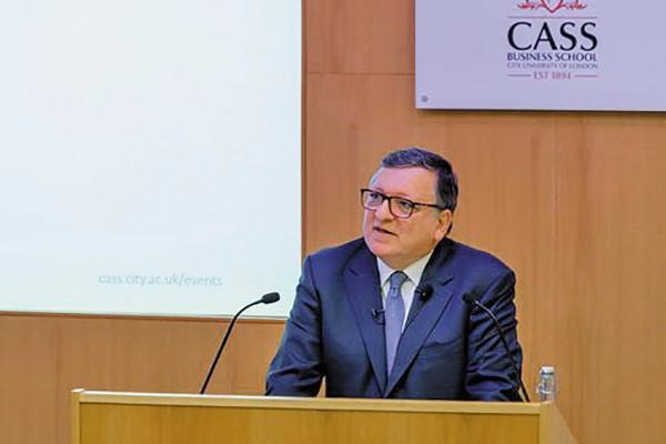 PRESENCIA. José Manuel Durao confirmó su participación en la cumbre en favor de la paz. Foto: Especial