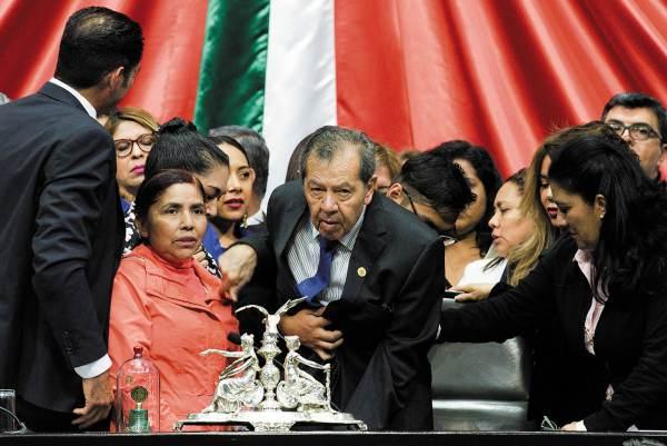 APOYO. Porfirio Muñoz Ledo estuvo respaldado por la bancada de Morena para modificar la ley. Foto: CUARTOSCURO