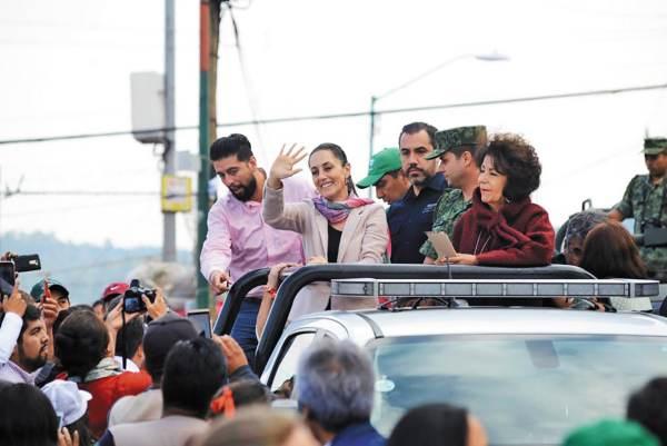 RECORRIDO. El secretario de Seguridad y la alcaldesa acompañaron a la jefa de Gobierno. Foto: Especial.