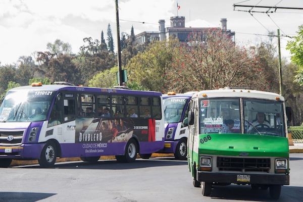 Transportistas_marcha-aumento_tarifa_cdmx