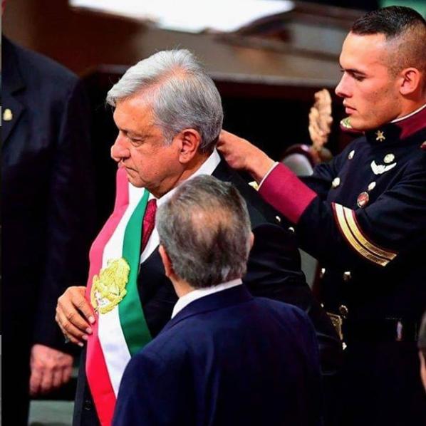 El cadete que enamoró a miles de mexicanos. Foto: Instagram @giovas_87mx_