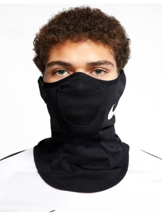 El cubrebocas protege cara y cuello. FOTO: Especial